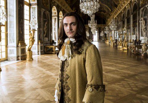 George Blagden : «Versailles est une série extravagante»