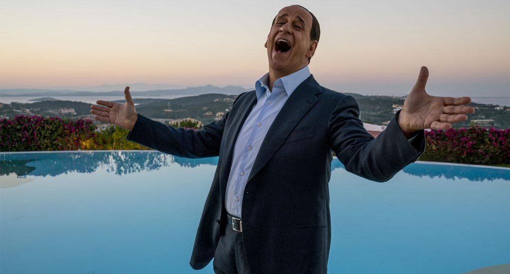 Loro : Paolo Sorrentino idôlatre-t-il Berlusconi ?